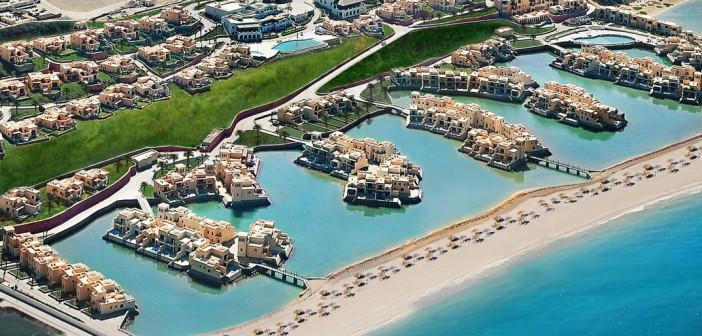 Luftaufnahme des Cove Rotana Resorts Ras al Khaimah