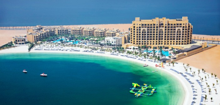 Ein Blick auf das Hotel Doubletree by Hilton Resort & Spa Marjan Island in Ras al Khaimah.