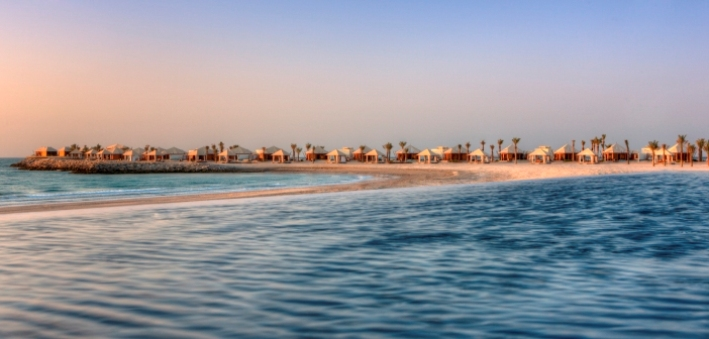 Blick auf die Strandvillen im Hotel Banyan Tree Ras Al Khaimah Beach © Banyan Tree Hotel