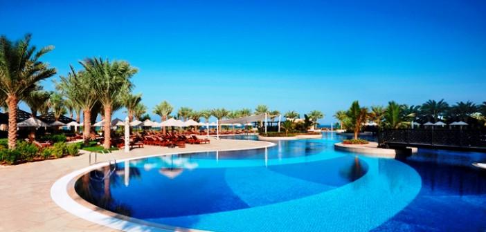 Pool im Hotel Waldorf Astoria Ras al Khaimah