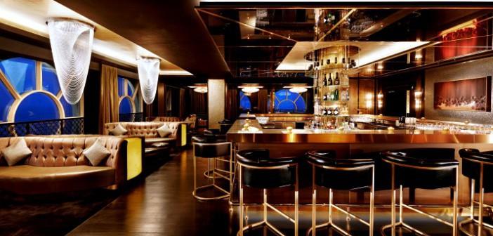 Blick in eine Bar des Hotels Waldorf Astoria Ras al Khaimah