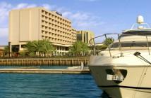 Außenansicht des Hotels Hilton Ras al Khaimah