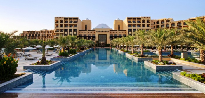 Poolanlage im Hilton Resort and Spa Ras al Khaimah