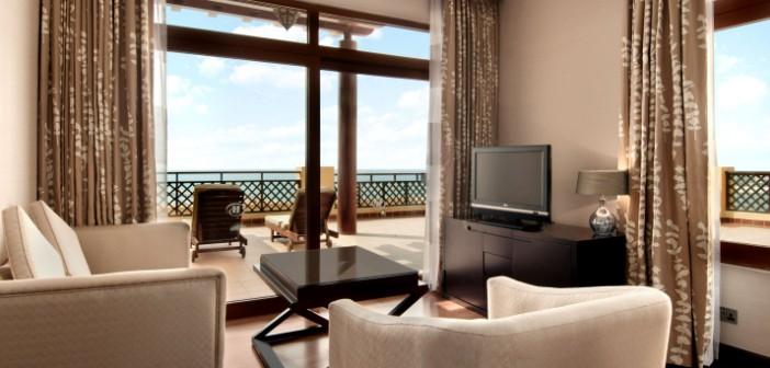 Blick auf das Wohnzimmer im Hotel Hilton Resort and Spa Ras al Khaimah