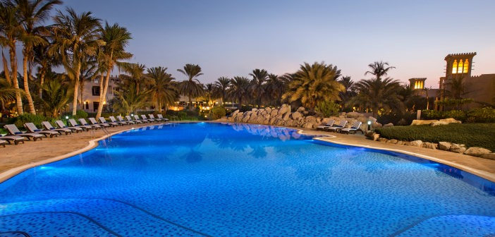 Pool-Anlage im Hilton Al Hamra Golf Resort