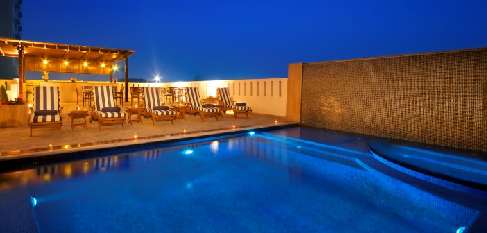 Pool Bar des Mangrove Hotels Ras al Khaimah